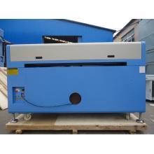 Laserschneider für Kunststoff-Präzisions-Laserschneidemaschine
