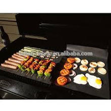 Food grade easy to use non sticky BBQ floor mat BBQ baking liner mat