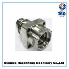 CNC que trabaja a máquina piezas de la aleación de aluminio de la precisión