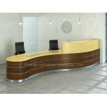 Balcão de mesa de recepção de salão curvado de beleza moderna (HF-R026)