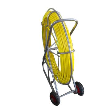 Rodder de conducto de FRP de varilla de fibra de vidrio de serpiente de 8 * 150 m con ruedas de goma