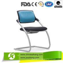 Chaises médicales avec le dos, chaise patiente avec différentes couleurs