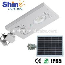 Luz de calle solar del sensor de movimiento integrado 15w 12v llevó la luz de calle solar