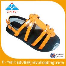 Sandálias de couro para crianças
