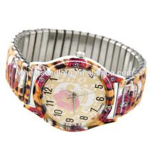Модные дамы в моде кварцевые умные часы