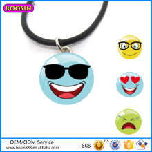 Prix usine en alliage de zinc cadeaux de promotion collier lunettes de soleil collier