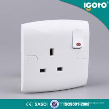 E13-N bonne qualité britannique nouveau design électrique multi 3 broches Igoto interrupteur au néon lumière prise