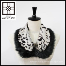 2015 New design fashion Leopard Print Faux Fur Collar