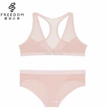 Reizvolles bequemes neues Design im reinen Maschenbaumwollgewebe Mädchenunterwäsche V-Ausschnitt tauchen Yogabüstenhalter und -slip auf