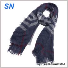 Écharpe en tricot à rayures verticales