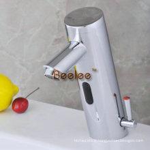 Robinets automatiques infrarouges de robinet de mélangeur froid et chaud (QH0106A)