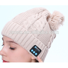 PK18ST015 latest design fashion knitting women pompom beanie with wireless earphone