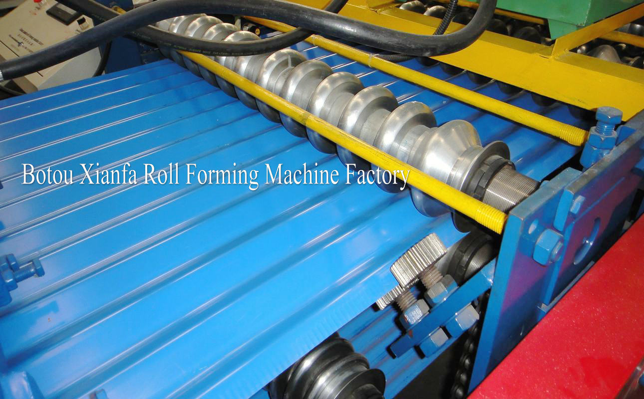 corrugated deck forming machine