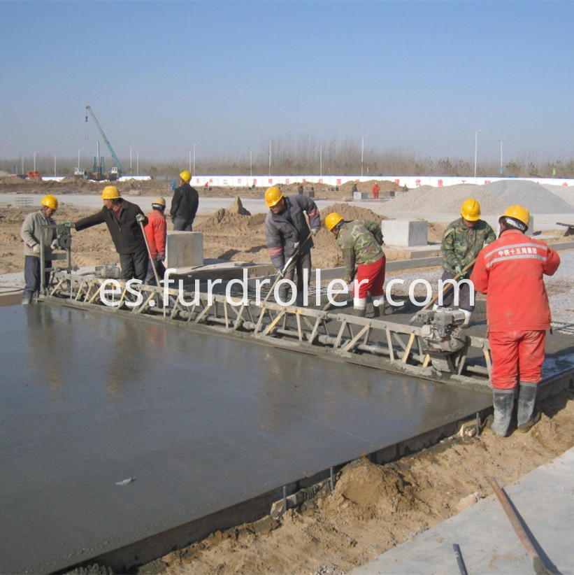 screeding machine
