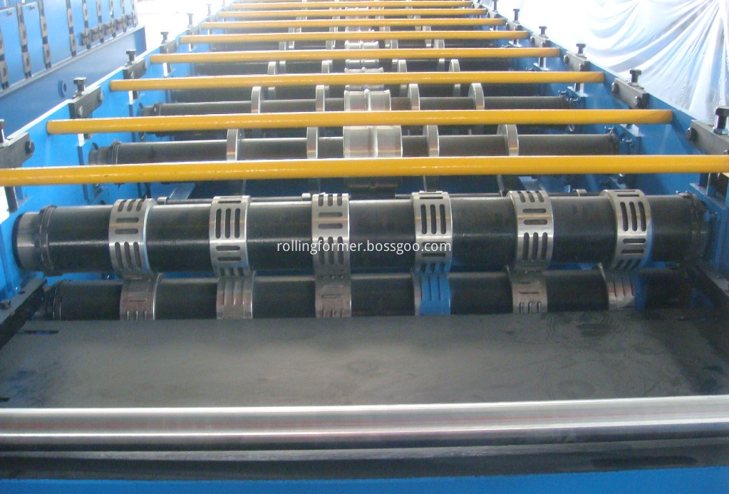floor decking roll forming machine 18