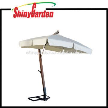 3 * 2M Holz Cantilever 240G Polyester Sonnenschirm mit in der Mitte öffnen und 18-20cm Klappe