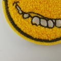 Yellow Smile Face Groot Chenille-patchontwerp