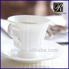 Knochenkaffeetasse & Untertasse