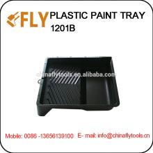 Черный пластичный поднос краски