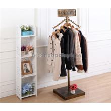 Piso de precio de fábrica al por menor tienda de ropa suministros al por mayor abrigo de metal rack para el anuncio