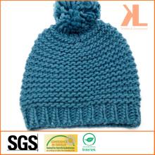 100% зимняя теплая акриловая трикотажная синяя шляпа с помпоном
