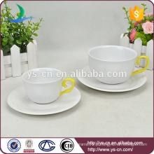 Atacado shank mão amarela elegante copo de cerâmica e Saucer
