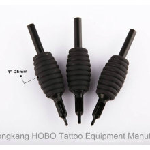 Los tubos disponibles al por mayor del tatuaje de 25m m suministran con extremidades negras