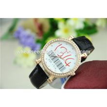 Inovador 1314 cristal amante de couro de pulso top marca casal de luxo assistir