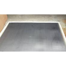 Folha de grafite reforçada com metal perfurado perfurado