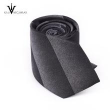 Les dernières cravates en polyester de conception d'affaires