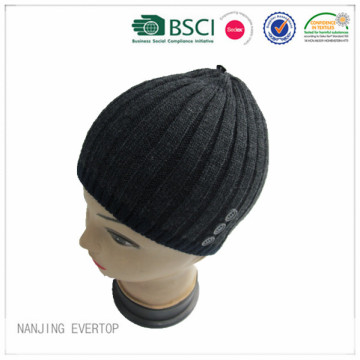 Men Navy Acrylic Beanie With Buttons