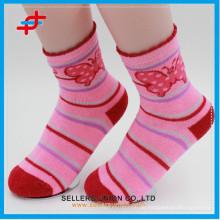 China Strumpfwaren Hersteller / Happy Kinder Hübsche Terry Polyester Socken