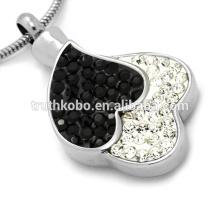La joyería de la cremación de las urnas que solapan dos del corazón junta contiene Crystal Memorial Necklac