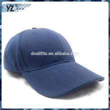 Gorra de béisbol en blanco en blanco de encargo de la manera