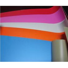 Materiais coloridos reflexivos base de tecidos de espuma En471