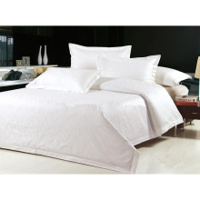 100% Cotton/ T/C 50/50 Jacquard Hotel/Home Bedding Set (WS-2016018)