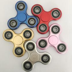 Triangle Fidgets Finger Metallic Spinner whosale