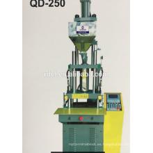 Fábrica de la máquina de moldeo por inyección de plástico vertical del enchufe de 2/3 pin con buen precio 55T
