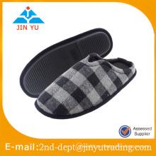Promocional Personalizado Personalizado de invierno pantuflas de hombre de invierno