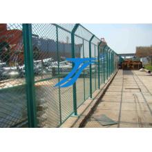 Clôture d'aéroport / clôture d'aéroport avec fil de rasoir / clôture