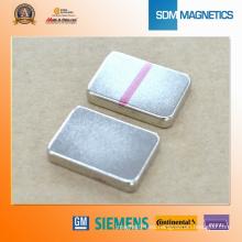 Tamaño personalizado ISO / Ts16949, Imán de neodimio de bloque de RoHS para la venta