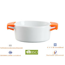 oval mini casserole with silicone handles