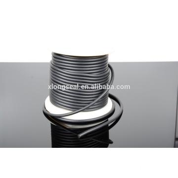 Cordón de goma negro de calidad superior barato del collar