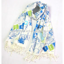 Long acrylic scarf with fringes