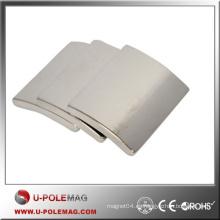 Imán del arco del poder más elevado NdFeB N42 / imán del neodimio del segmento axial / arco del neo de la calidad para el industrial
