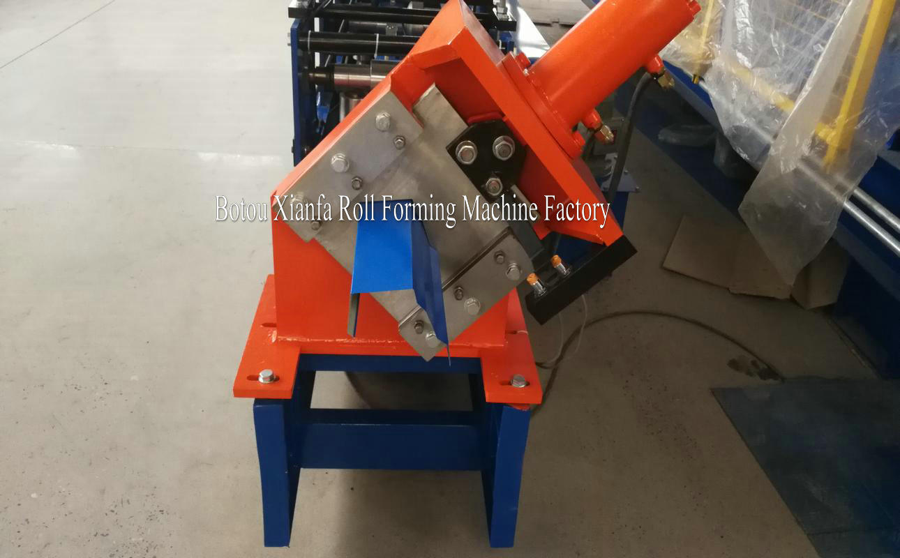 square gutter making machine