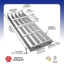 Calzada de rejilla de acero galvanizada de la inmersión caliente / rejilla de acero resistente de 30 * 5