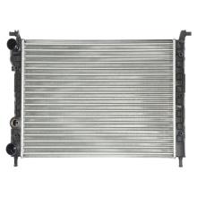 Kühler 4-adriger Aluminiumkühler für Fia-t