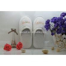 cheap soft woman personalized close toe chinese embroidered hotel slipper