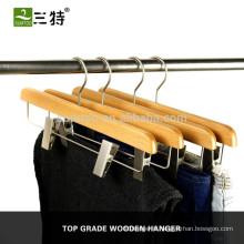clips de suspension de pantalon de jupe en bois en gros